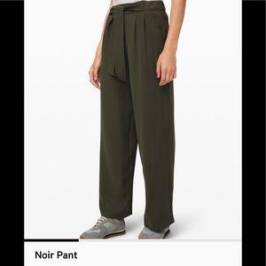 NEW Lululemon Noir Pant Dark Olive Green- Size 2